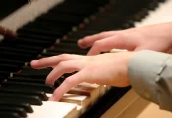 Uitdaging hoogbegaafdheid oefenen muziekinstrument - pianospelen
