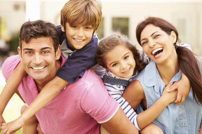 Blij gezin